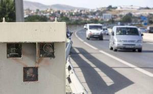 Dos de los radares que más multan en la provincia están en la A-44