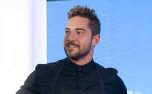 David Bisbal se pone el delantal de 'Sabores Almería'