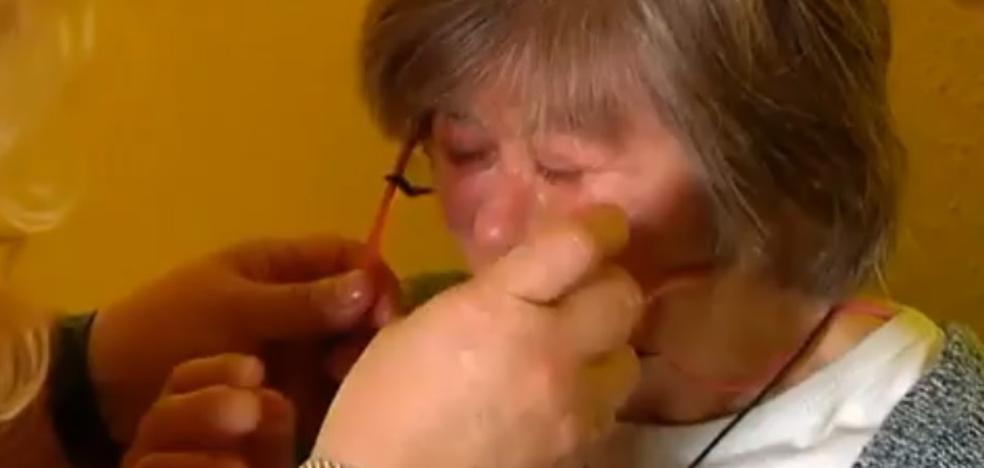 Conmoción por las lágrimas de una mujer con síndrome de Down expulsada de una charla «por mala imagen»
