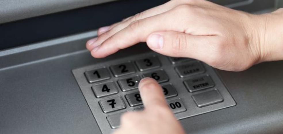 Cuidado al marcar tu número secreto: advierten contra el método de una banda de ladrones