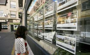 ¿Vives en Granada? Las ayudas del 50% para alquiler y compra que se aprueban en unos días