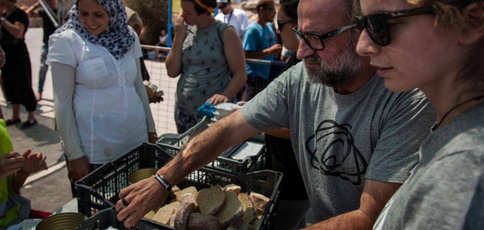 Un euro para un menú diario que da de comer a 600 refugiados: «Necesitamos apoyo»