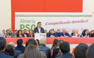 """El Comité Provincial del PSOE exige al Gobierno central una docena de infraestructuras """"prioritarias"""" para Almería"""