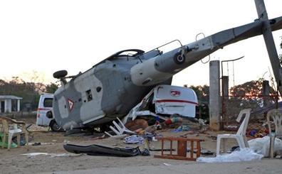 Un helicóptero cae sobre un grupo de personas y deja 13 muertos en México
