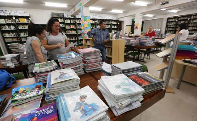 El Gobierno plantea incluir mujeres en los libros de texto y formará a los docentes en igualdad
