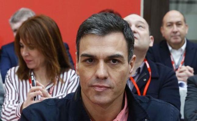 Sánchez acusa a PP y Cs de tener a España «paralizada» y exige al Gobierno que presente ya las cuentas públicas