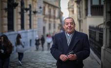 «A veces el cofrade tiene la sensación de sentirse aislado de Granada»