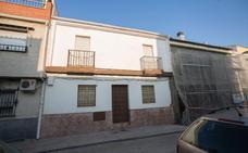 Los cinco edificios de Granada que han tardado más de doscientos años en construirse, según el Catastro