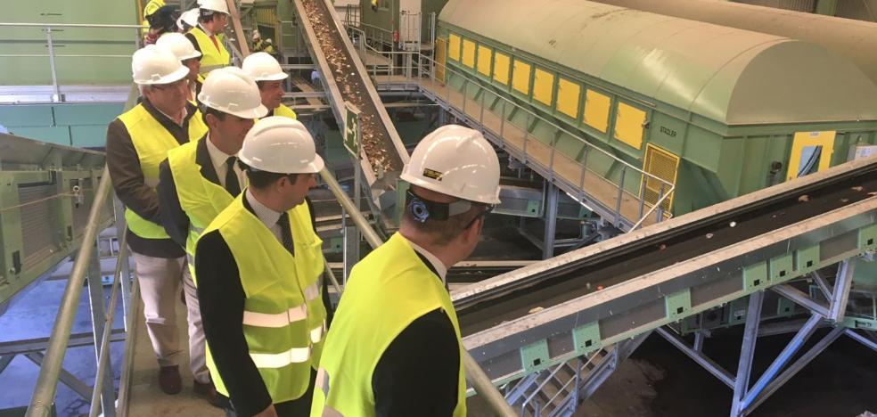 La planta de residuos de Jaén-Sierra Sur tendrá capacidad para reciclar el doble