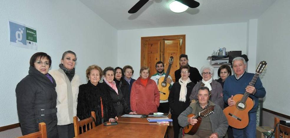 Jaime Moreno Martínez es el nuevo encargado de dar las clases al Coro Tradicional de Lanjarón