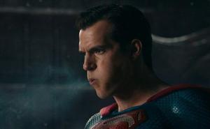 10 imágenes del curioso detalle que desconocías de Superman en 'La Liga de la Justicia'