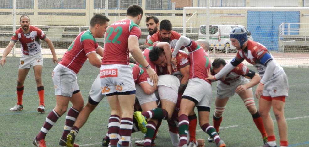 Unión Rugby Almería no consigue puntuar pero sí suma confianza
