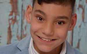 Hospitalizan al niño cantante Adrián Martín por su hidrocefalia