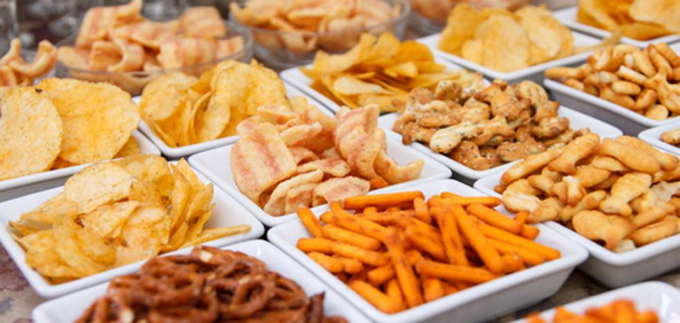 Los 8 alimentos ultraprocesados que provocan cáncer, según los expertos