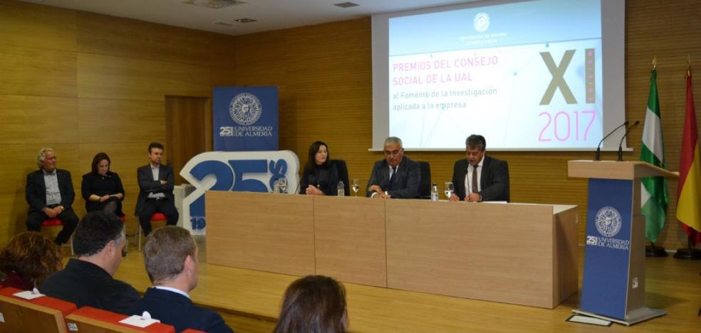 Ramírez de Arellano sitúa a la UAL como un referente de gestión e integración