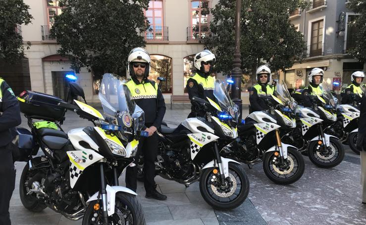 Renuevan el parque de motocicletas de la Policía Local de Granada