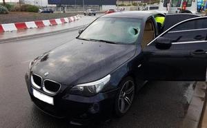 Identifican a la propietaria del vehículo abandonado tras el atropello a un hombre en Almería