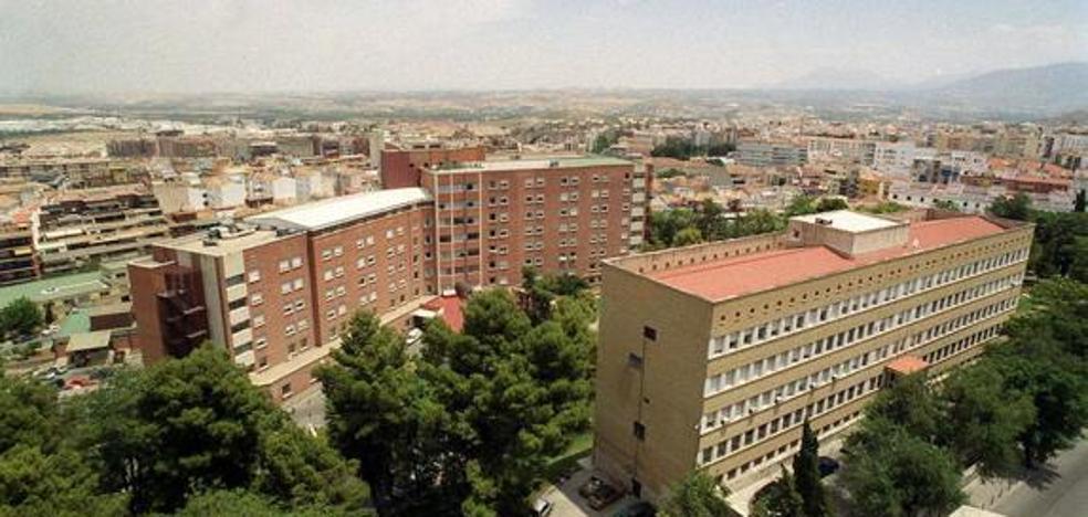 Dejan a una enfermera a cargo de 11 bebés en el Complejo Hospitalario de Jaén