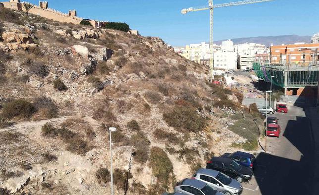 Almería ya mira de frente la primera obra del PERI de San Cristóbal