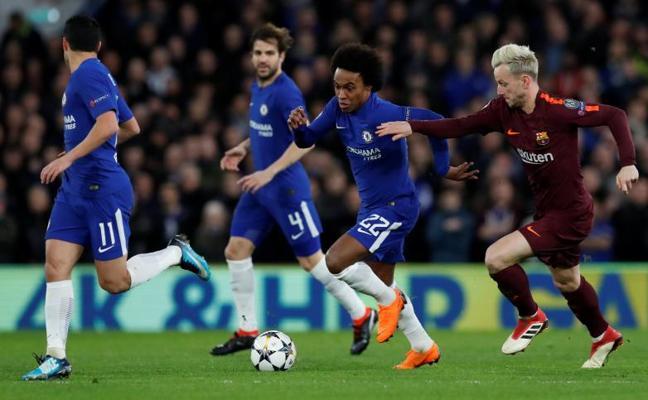 Willian adelanta al Chelsea