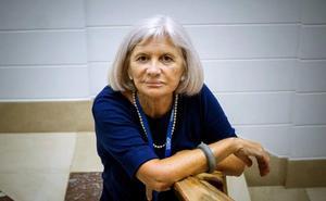 La escritora Alicia Giménez Bartlett gana el IV Premio Granada Noir