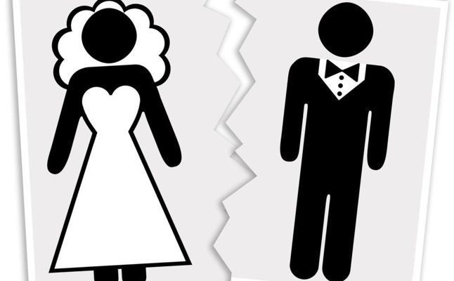 Se divorcia de su marido 40 días después de la boda porque este era un tacaño