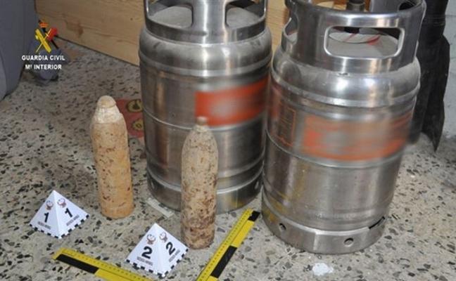 Detenido por poner a la venta en Internet dos proyectiles de artillería tipo Obús
