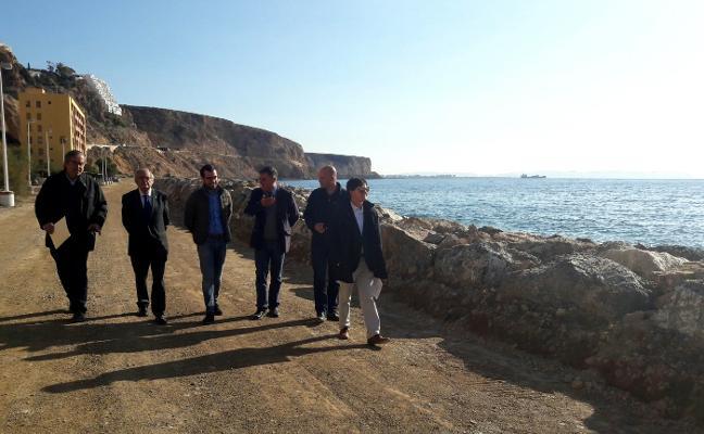 Concluyen la aportación de arena y restauración en la playa de El Palmer