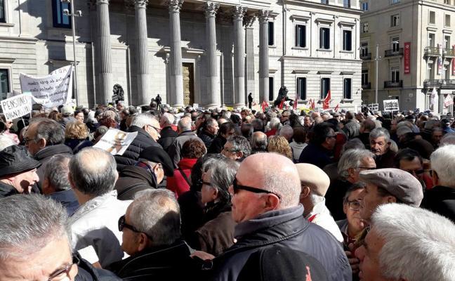 Los pensionistas toman las calles