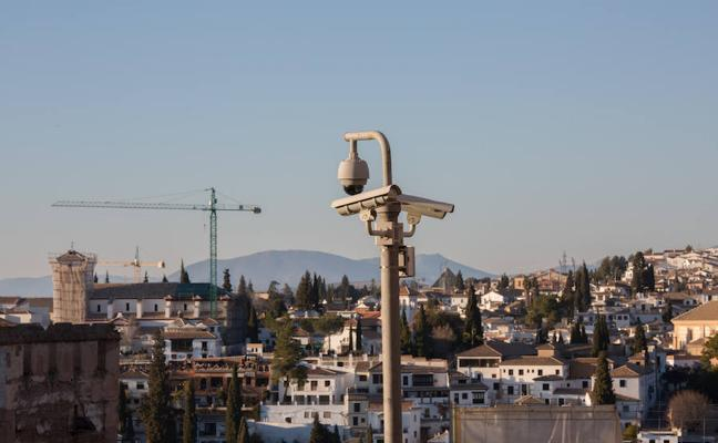 Miles de ojos electrónicos observan a Granada