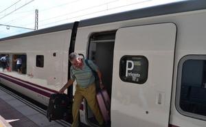 La avería en un tren de Cercanías en Madrid retrasa el Talgo de la tarde más de hora y media