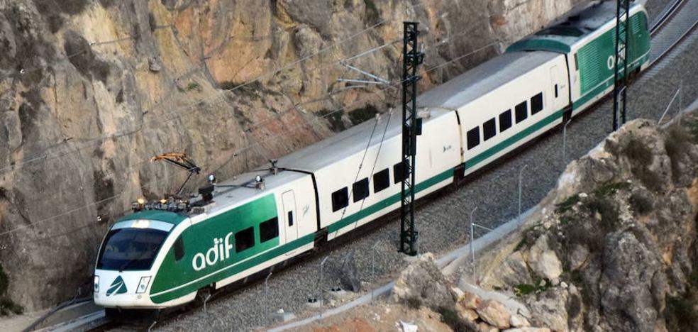 El tren laboratorio alcanza los 200 km/h en la línea del AVE a Granada
