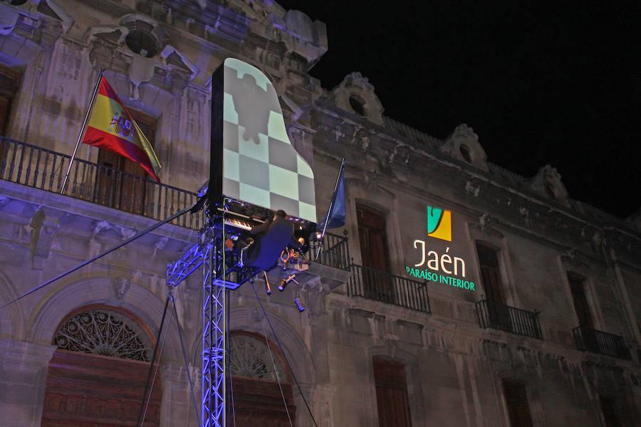 Arte visual y sonoro en el cielo de Jaén