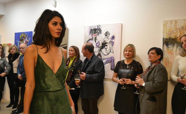 ArtUnity inaugura '4 Miradas' con pintura y moda