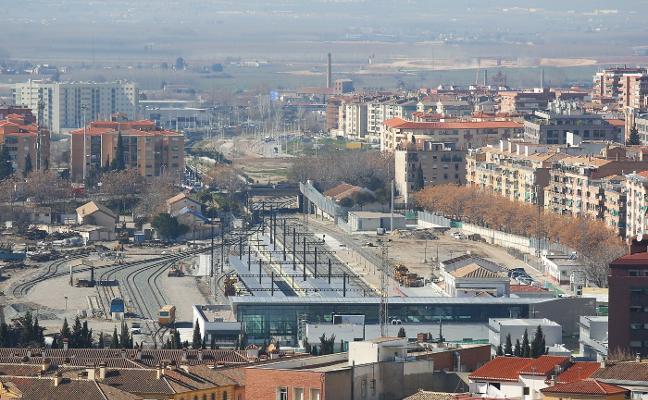 Fomento estudiará nuevas ubicaciones para la estación y el soterramiento del AVE