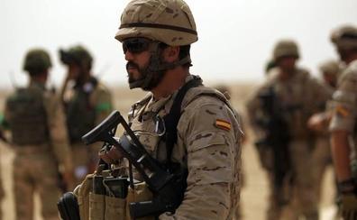 El Ejército enviará helicópteros y 60 militares más a Irak