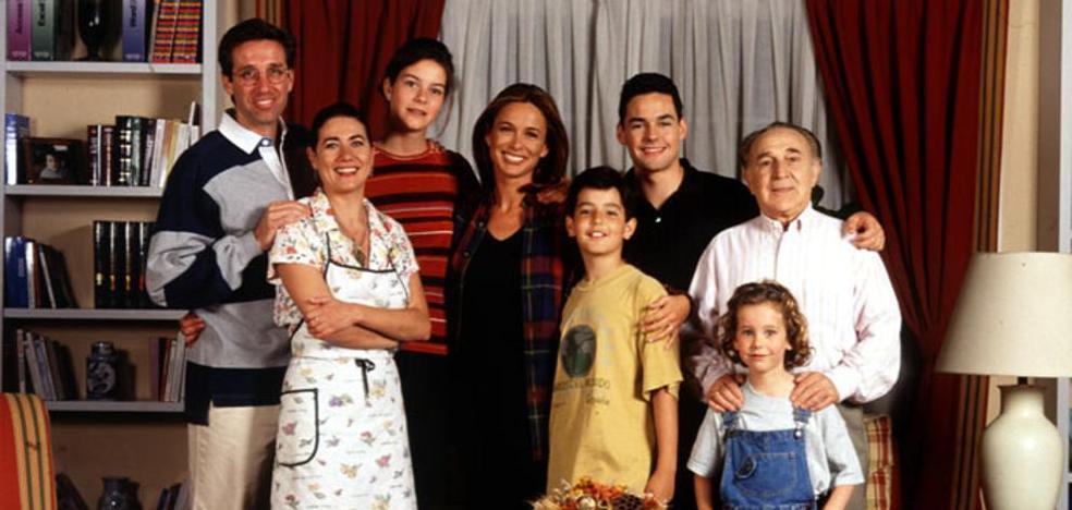 La foto del reencuentro de 'Médico de Familia' con Bertín: ¿qué aspecto tienen sus protagonistas?