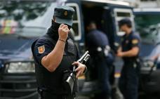 Acuerdo histórico para la equiparación de los sueldos de policías y guardias civiles con los Mossos