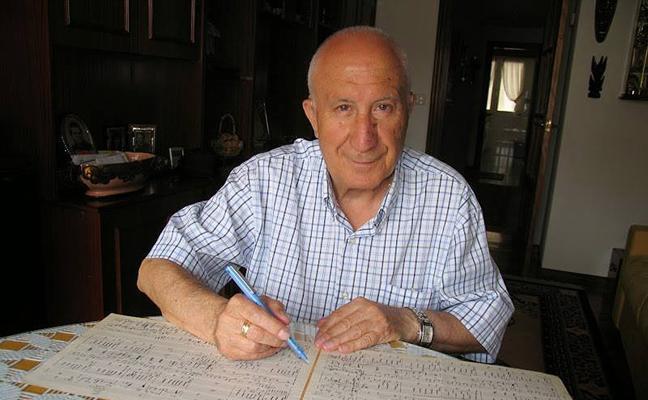 Muere Tomás Villajos, ex director de la Banda de Linares y maestro de Coros del Instituto 'Huarte de San Juan'