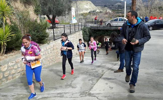 400 atletas celebran en El Valle la XVIII Carrera Campestre La Naranja, con desniveles del 40%