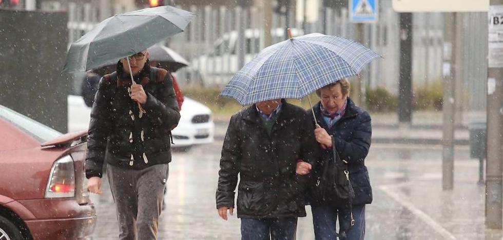 Las lluvias dejan una media de unos 33 litros en las últimas 24 horas en la provincia
