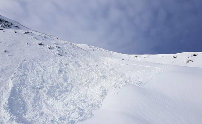 Riesgo máximo de avalancha en Sierra Nevada fuera de las pistas