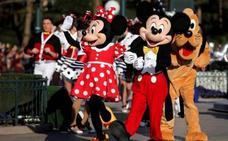 El 73% de empleados de Disneyland no gana lo suficiente para gastos básicos