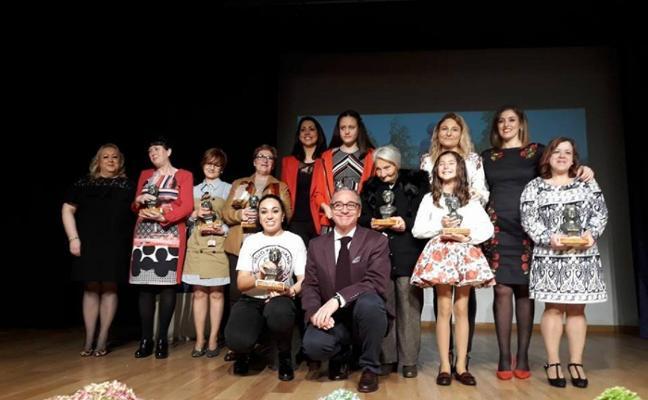 Premios 'María Bellido' a ocho mujeres de Bailén