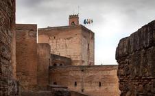 La Alhambra abre este mes al público el interior de la torre de la Vela