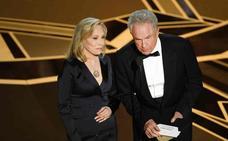 Warren Beatty y Faye Dunaway acertaron el ganador de los Oscar