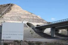 Adif da luz verde a la primera gran expropiación del AVE en Almería