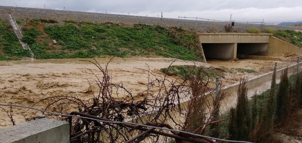 Inundaciones en parcelas aledañas a la segunda circunvalación