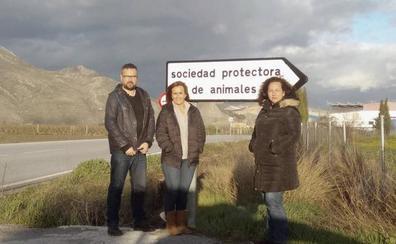 """IU exige paralizar """"la privatización de la Sociedad Protectora de Animales de Granada"""""""
