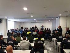 La Policía Local de Granada y los Bomberos no harán más horas extra hasta acordar un plan de pagos y el abono de jornadas especiales